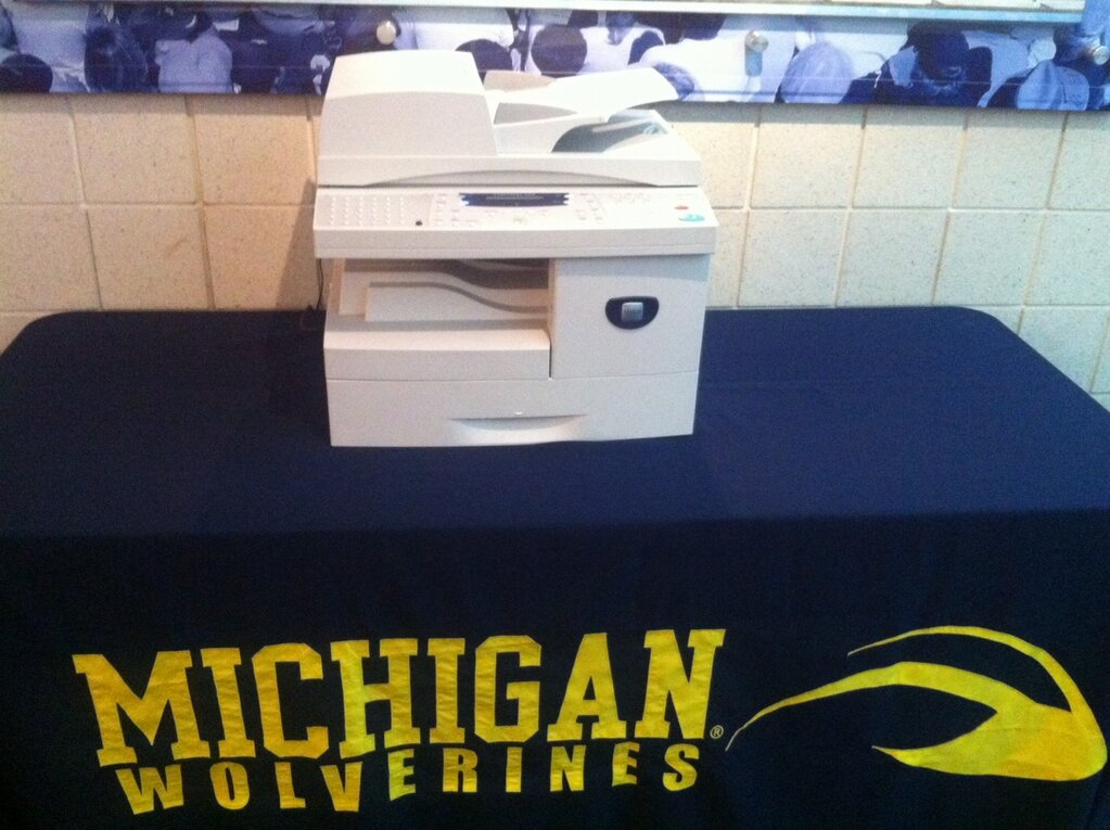 Michigan football recruiting signing day show and text for M go fish