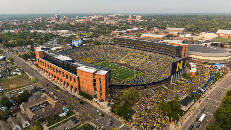 michigan wolverine football my thoughts on team. Black Bedroom Furniture Sets. Home Design Ideas