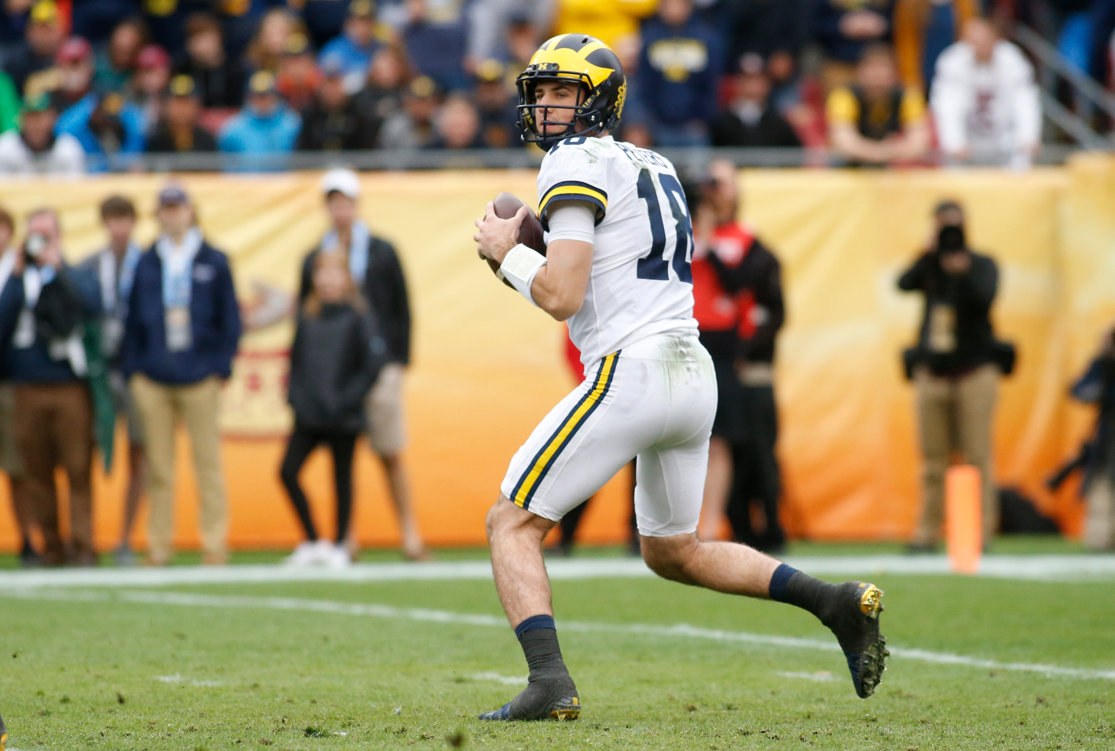 michigan football outback bowl exposes brandon peters as not ready https gbmwolverine com 2018 01 01 michigan football outback bowl exposes brandon peters as not ready
